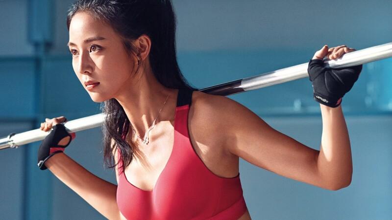 跟著張鈞甯這樣練重訓、跑步!adidas女子運動內衣的超實用穿搭