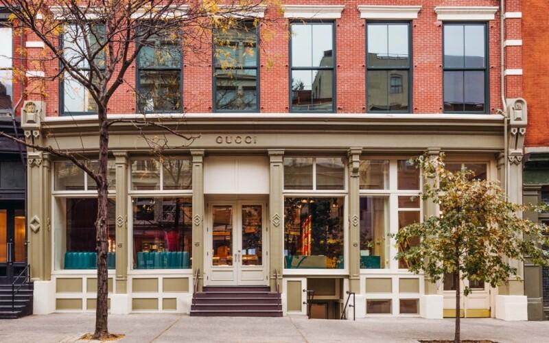 致敬紐約小型獨立書店 古馳全新Gucci Wooster Bookstore 兼具時尚視覺前衛創意與懷古氛圍