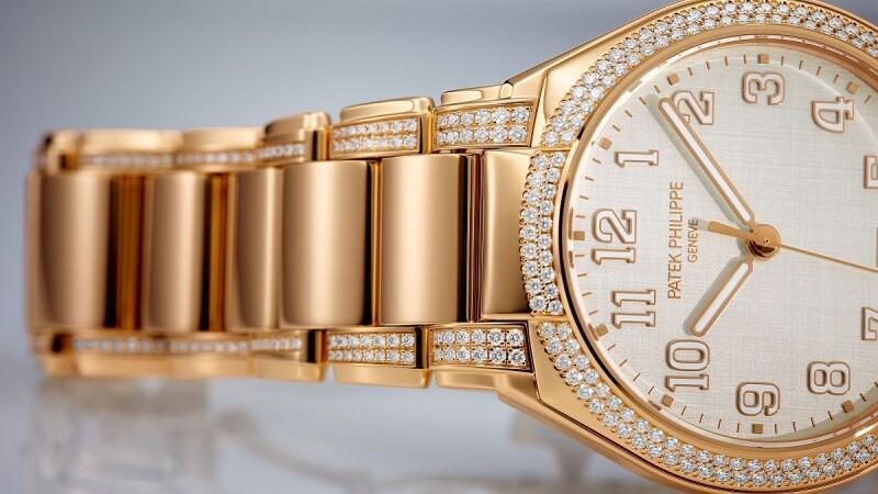 戴上百達翡麗Twenty~4 Automatic腕錶,綻放優雅時尚魅力!