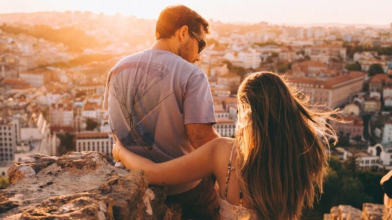 【鄧惠文專欄】 情感上最寂寞的狀態,是無法與身邊的伴侶分享
