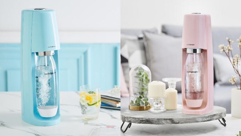 愛喝氣泡水的人都要有一台!Sodastream氣泡水機冰河藍、芭蕾粉色夢幻破表,在家就能調製各式氣泡飲