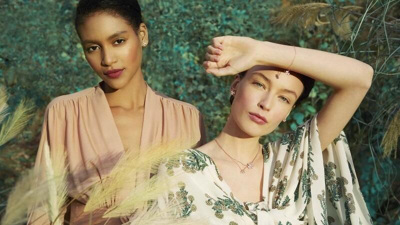 Van Cleef & Arpels梵克雅寶以優雅Frivole系列新作,將大自然景致完美勾勒出極致浪漫的春日意象