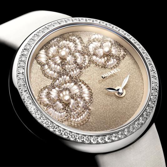 獨一無二奢華之作Chanel山茶花刺繡錶盤
