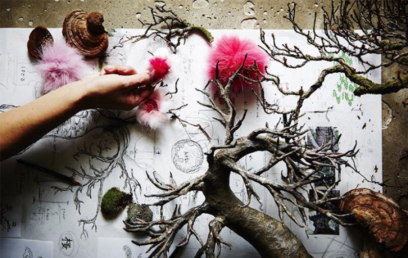 FENDI櫻花樹、巨型瓶中花…實驗性花藝鬼才Azuma Makoto東信