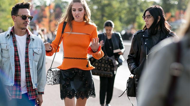 高溫沒在怕,像Chiara一樣穿上短裙吧!!