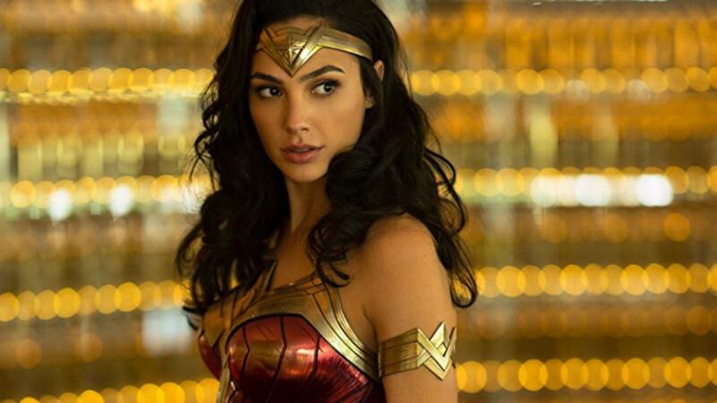蓋兒加朵主演續集《神力女超人1984》全新預告登場!克里斯潘恩回歸續演,反派「豹女」亮相