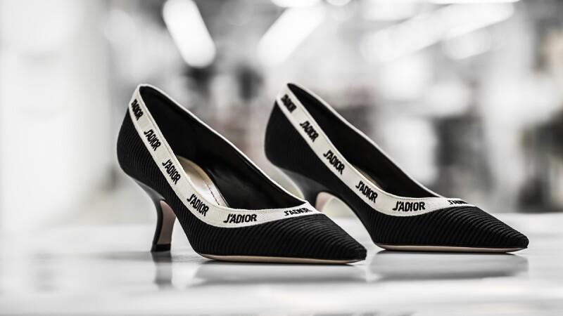 全新J'adior 系列推出全新款,迷人細節讓你再次愛上 Dior 的優雅。