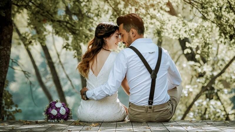 2020年12生肖婚姻運完整解析!屬牛將邂逅理想伴侶、屬蛇交往兩年再說、屬猴要放慢腳步