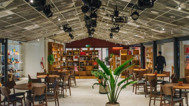 台北四四南村新打卡點!結合書店、劇場和設計的「PLAYground 南村劇場.青鳥.有.設計」超美