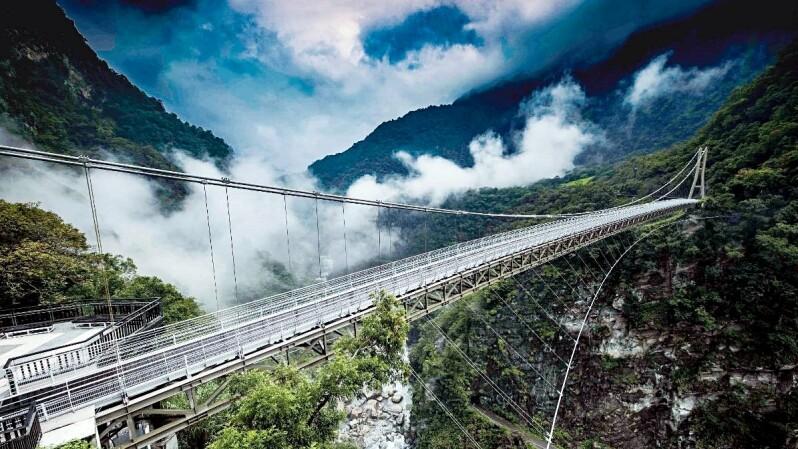 太魯閣新景點「山月吊橋」耗時三年終於完工!360度壯麗峽谷風光看到飽,線上預約、交通資訊都整理好了