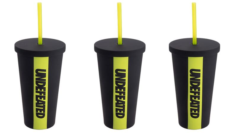 星巴克最潮聯名杯來了!首度與UNDEFEATED合作,推出9款螢光黑撞色杯款、包袋