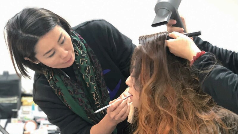 想成為彩妝師助理,你需要擁有什麼特質與條件?看彩妝大師簡淑玲怎麼說