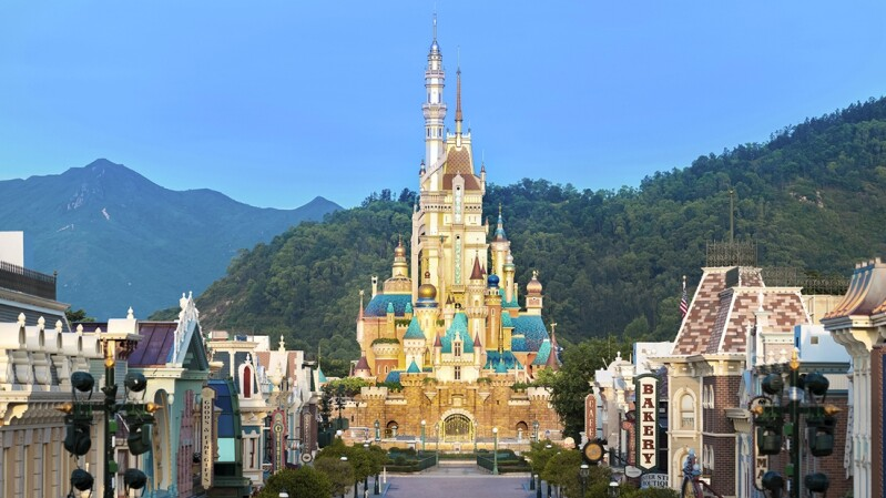 香港迪士尼樂園全新「奇妙夢想城堡」即將完工!靈感來自13個迪士尼公主的故事,周邊商品系列同步推出
