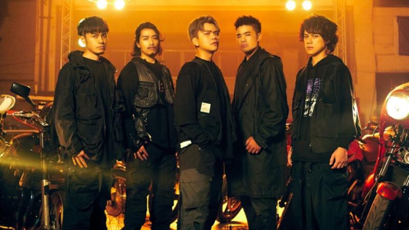 七月半樂團12月舉辦首場演唱會!現象級YouTuber跨界樂團推專輯《夜露思苦》,新莊Zepp New Taipei暴走嗨唱