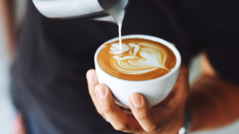 【心理測驗】咖啡口味選擇跟個性有關係!10種咖啡特質大揭密,愛黑咖啡做事重效率、拿鐵控樂於助人