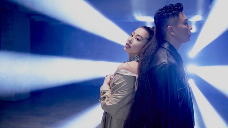蔡詩芸、瘦子E.SO合體新歌〈Trash Talk〉!睽違5年推出新專輯《SKY》,繼〈誰愛誰〉又一神曲