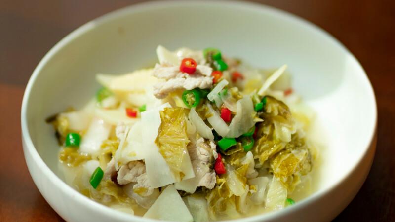 油豆腐燜白菜/白菜蒸餃/鮮蝦白菜煲,3道白菜低脂食譜來了!