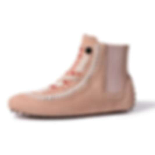 冷冷的冬風毫不留情吹來,趕快入手一雙時髦又好穿的TOD'S豆豆短靴