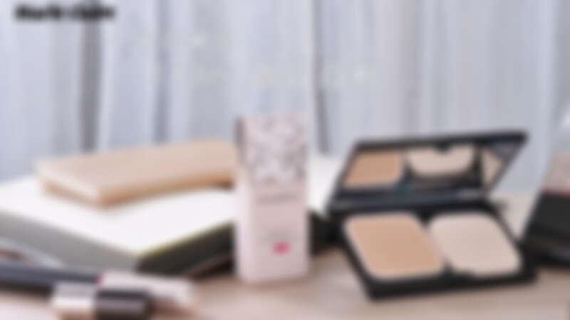 撼動日本美粧界的超細零粉感,從藝人到名媛都在用!AM到PM,13小時不脫粧,不用厲害的電修P圖,無濾鏡的裸光美肌感,這就是現今日本最流行的東京大人系!