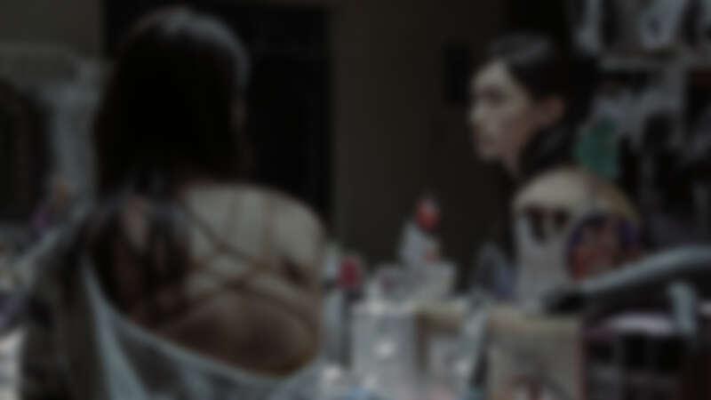 《誰是被害者》黃河首度接演跨性別者角色!化身酒店公關,為戲瞬換女裝秀美背