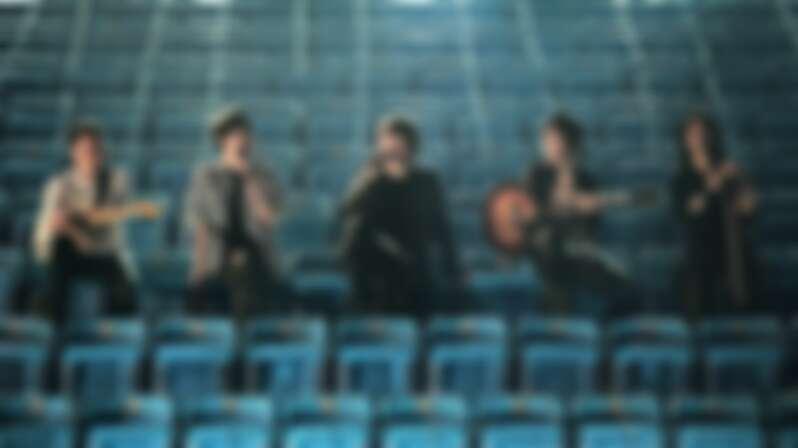 破4000萬人觀看!五月天「突然好想見到你」線上演唱會逼哭粉絲,蕭敬騰、李榮浩、毛不易隔空合唱版驚喜上線